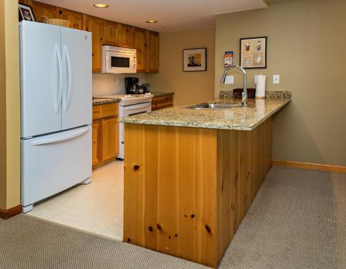 Valhalla by Westwind Properties Photo