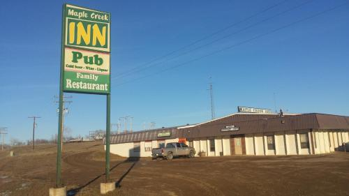 Maple Creek Motor Inn