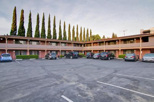 Pacific Inn Of Redwood City - Redwood City, CA 94061