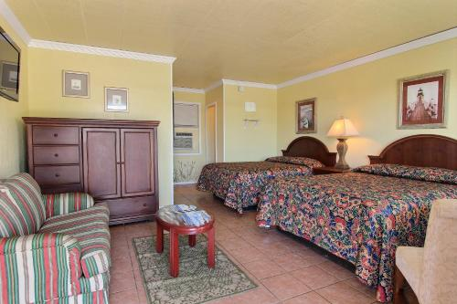 Shark Reef Resort Motel & Cottages Photo