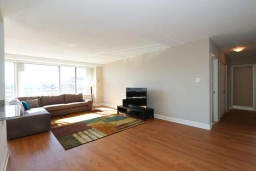 Crystal Plaza Apartment Photo