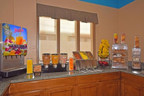 Best Western Plus Suites Hotel photo 26