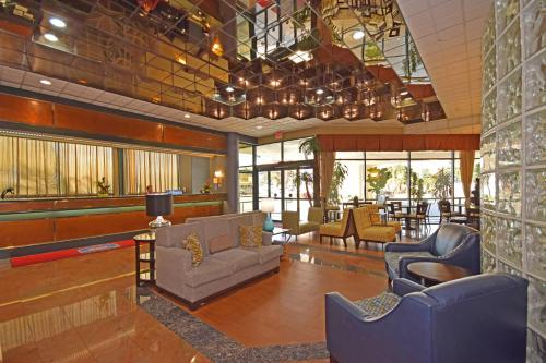 Best Western Plus Suites Hotel - LAX photo 27