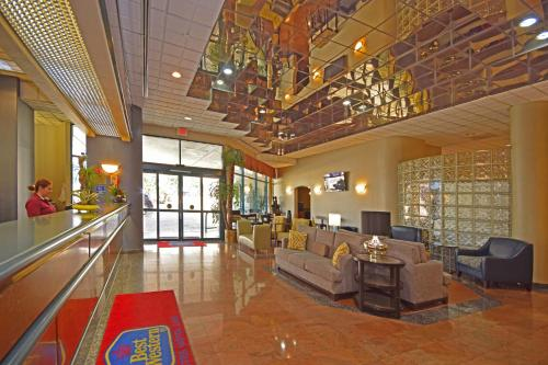 Best Western Plus Suites Hotel photo 30