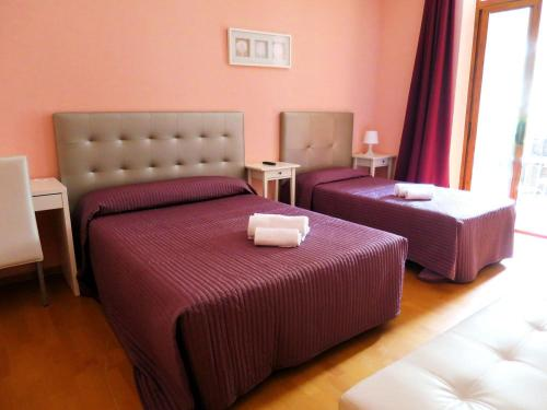 Hostal Balmes Centro photo 7