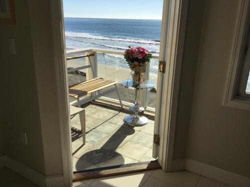 Landis Shores Oceanfront Inn Photo