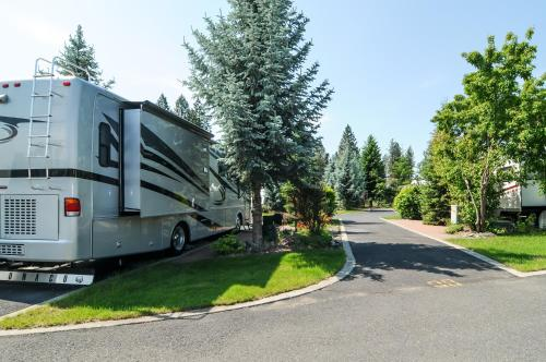 Alderwood RV Express Photo