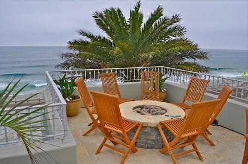 Blue Vacation Rentals - 138 Carlsbad