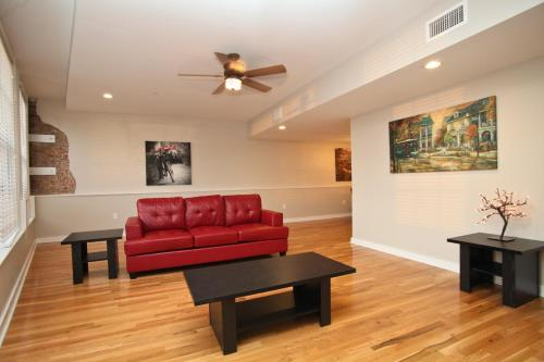 French Quarter Luxury Condo 302