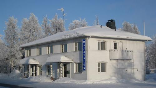 Photo of Guesthouse Golden Goose Hotel Bed and Breakfast Accommodation in Kittilä N/A