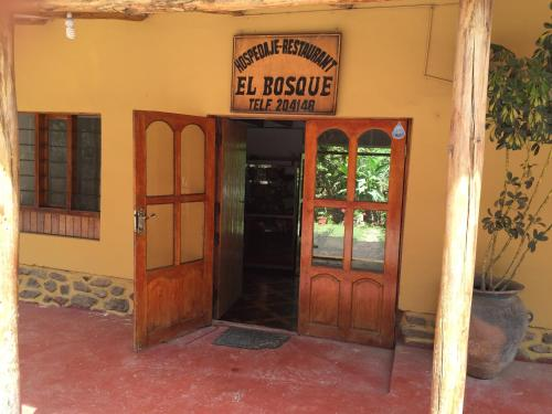 El Bosque Backpackers Photo