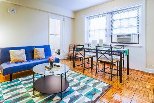 Washington Promenade Apartment