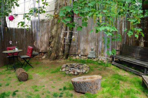 2 room Open loft with private backyard Photo