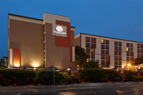 DoubleTree by Hilton San Bernardino Photo