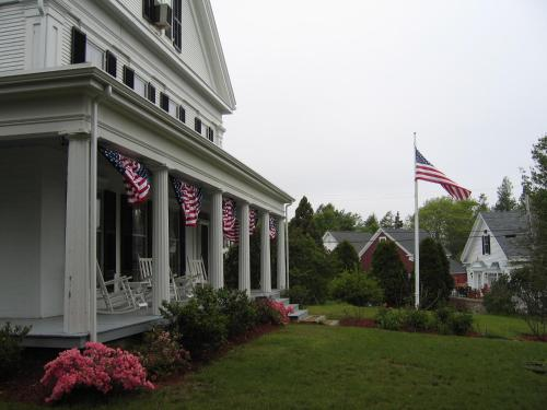 Liberty Hill Inn Photo