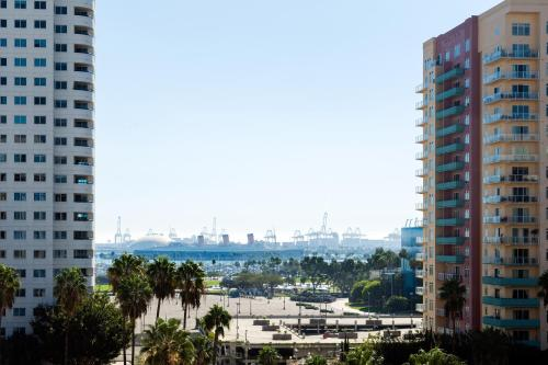 Courtyard by Marriott Long Beach Downtown Photo