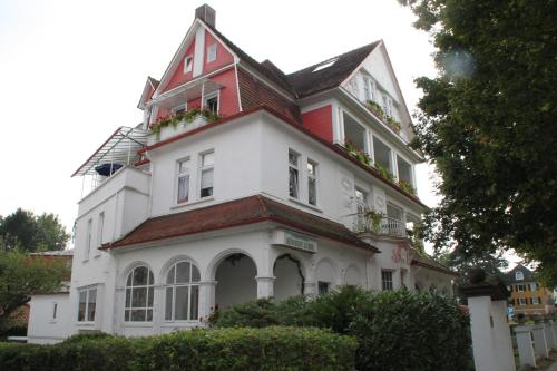 Hotel Villa Knigin Luise