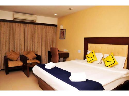 Vista Rooms at Sarkhej Gandhinagar Highway