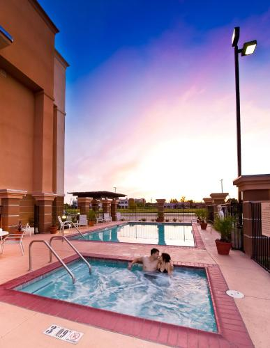 Hampton Inn And Suites Fresno Ca