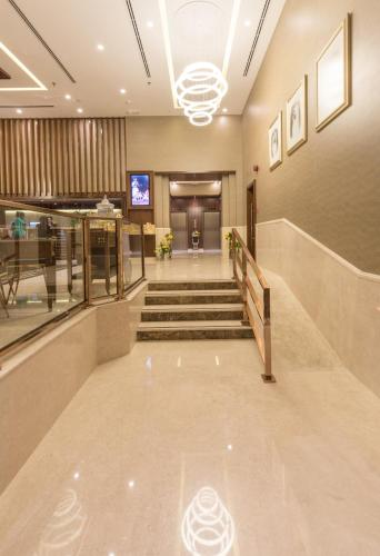 Hawthorn Suites by Wyndham Abu Dhabi City Center photo 3