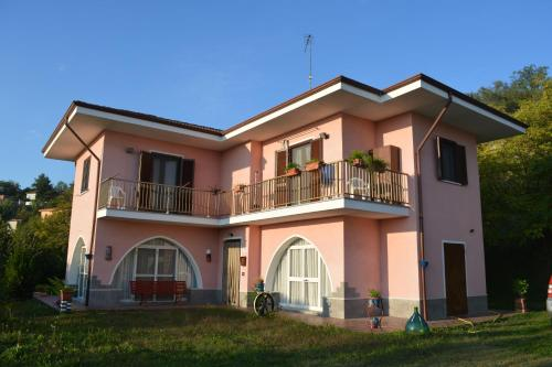 Apartment Rosa, Castelnuovo Calcea
