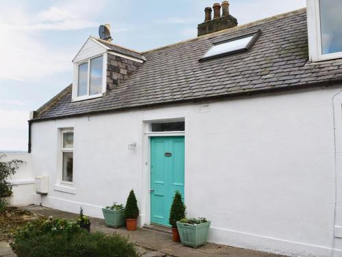 Seaholly Cottage