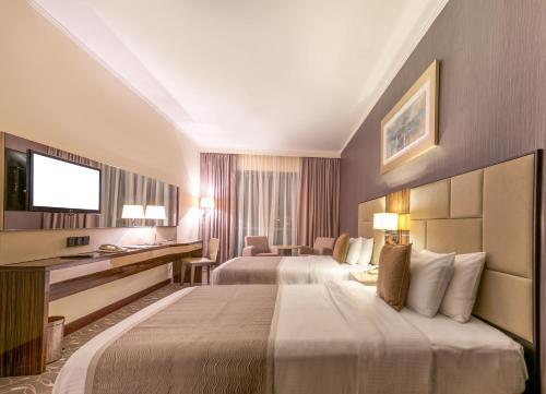 Hawthorn Suites by Wyndham Abu Dhabi City Center photo 13