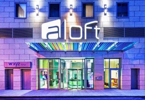 Aloft Manhattan Downtown - Financial District staycation