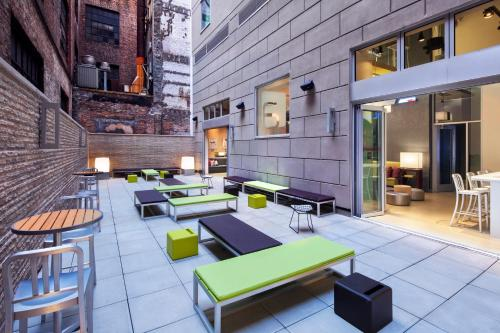 Aloft Manhattan Downtown - Financial District photo 17