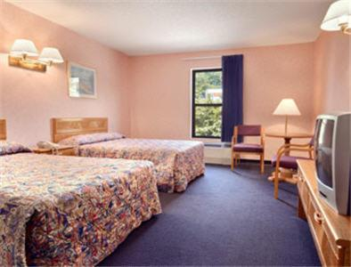America's Best Value Inn Statesville Photo
