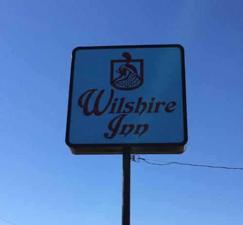 Wilshire Inn Photo