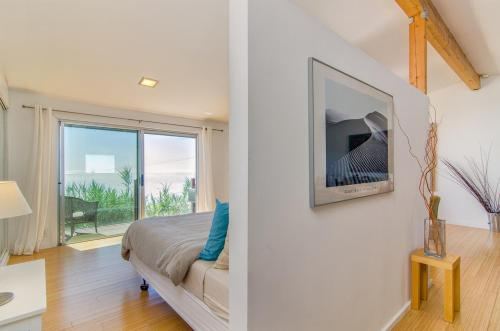 Malibu Boutique Apartment Photo