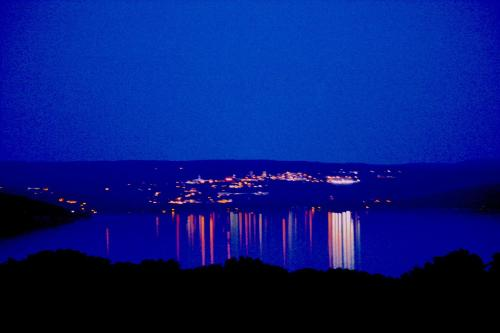 A Cayuga LakeFront Inn - Hotel Alt, Ithaca New York Photo