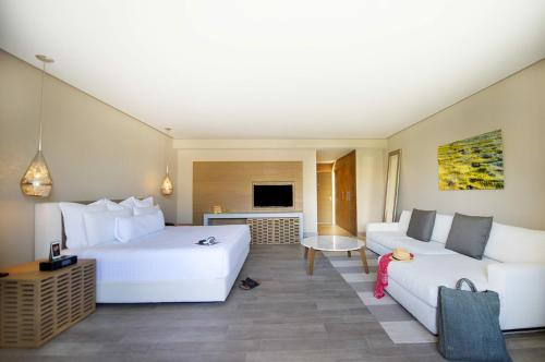 Lat20 by Live Aqua Playa del Carmen All Inclusive Adults Only Photo