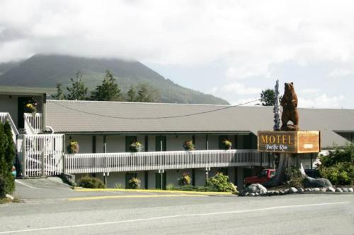 Pacific Rim Motel Photo