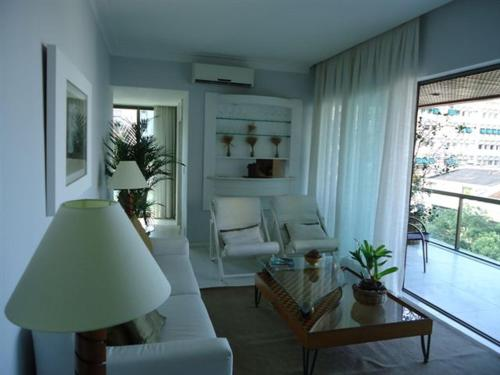 Ipanema 2 Bedroom Tiffany Photo