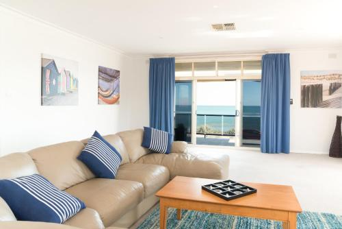Seaview Sunset Holiday Apartments, Уэст Бич