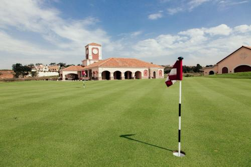 Lake Victoria Serena Golf Resort & Spa, Kigo