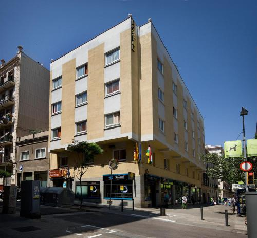 Hostal Barcelona photo 12