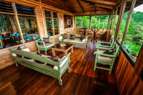 Cloud Forest Lodge Photo