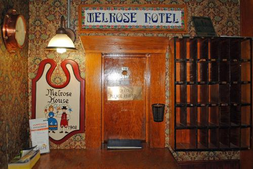 Historic Melrose Hotel Photo