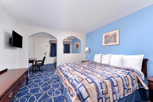 Americas Best Value Inn and Suites Houston/Northwest Brookhollow photo 7