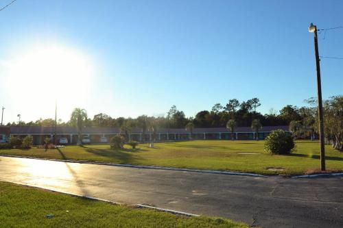 Motel Jesup Photo