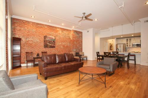 Picture of Downtown Luxury Two-Bedroom Suite 200