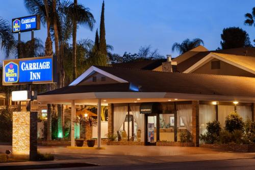 Best Western PLUS Carriage Inn Photo