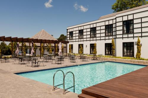 Protea Hotel by Marriott Hilton Photo