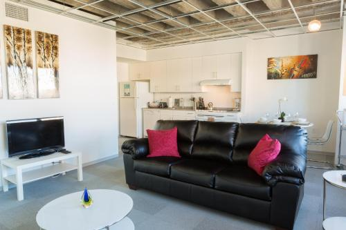 Loyola Avenue Apartment by Stay Alfred Photo