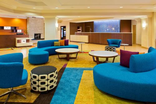 Fairfield Inn & Suites by Marriott Orlando Lake Buena Vista in the Marriott Village photo 13