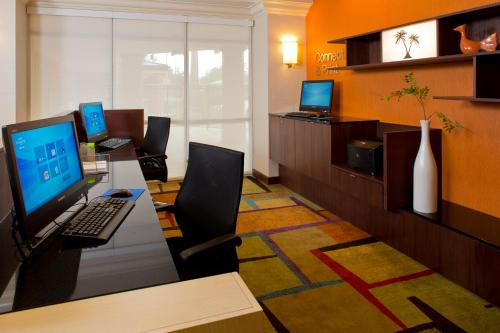 Fairfield Inn & Suites by Marriott Orlando Lake Buena Vista in the Marriott Village photo 15