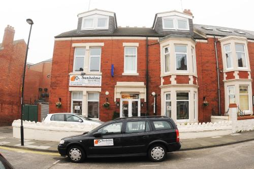 Sunholme Guest House in Whitley Bay from £45